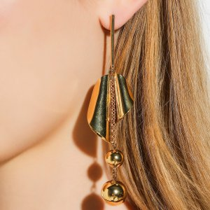DANGLING DROP EARRINGS